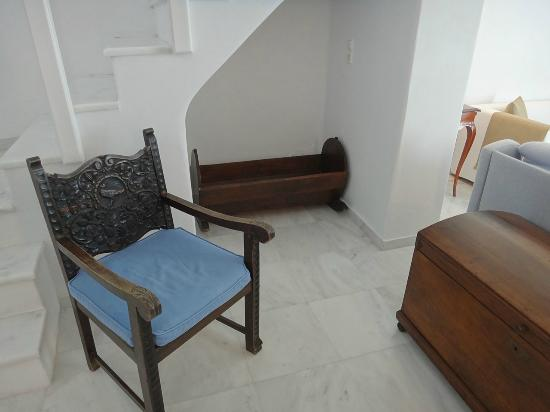 Canaves Oia Hotel: They even have a cradle here...
