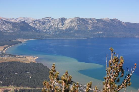 Tahoe Lakeshore Lodge and Spa: Lake Tahoe