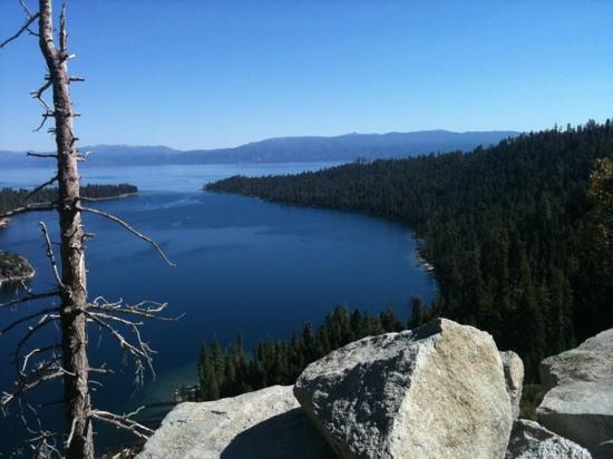 Tahoe Lakeshore Lodge and Spa: Lake Tahoe