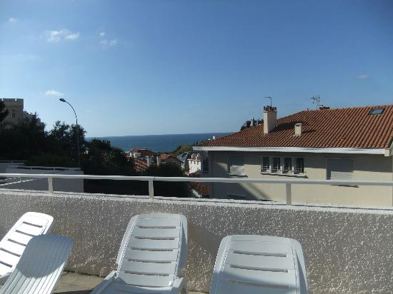 Le Grand Large - Residence: view from the poolside