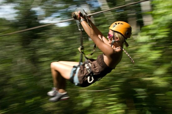 Los Veranos Canopy Tour: Pretty in Pink