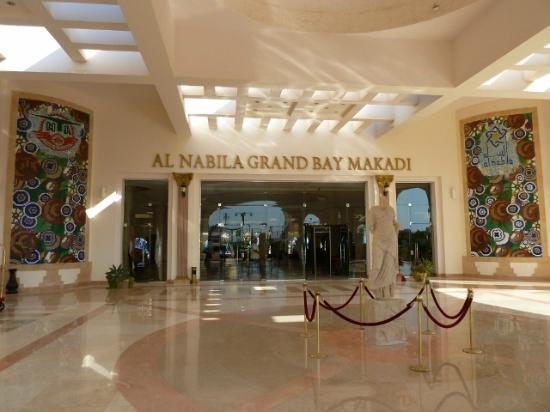النبيلة جراند باي مكادي: Al Nabila 