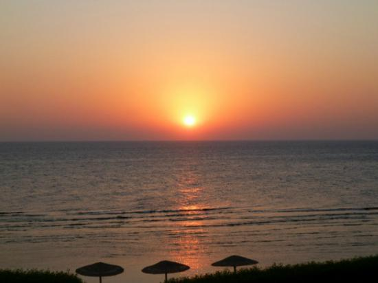 Al Nabila Grand Bay Makadi: Sunrise