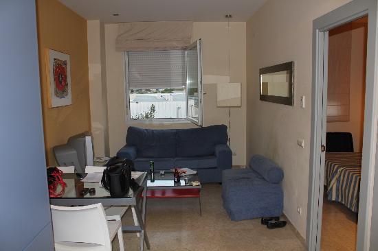 Apartamentos Vertice Sevilla Aljarafe: salon