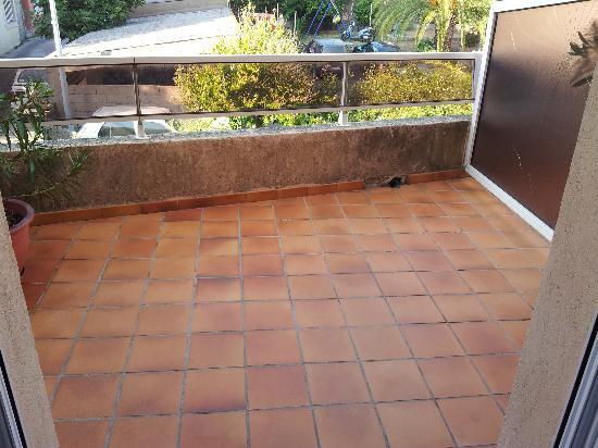 Hotel Le Mistral : veranda privata fronte camera