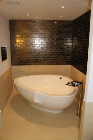 Rudding Park Hotel: Suite 361, Paradise