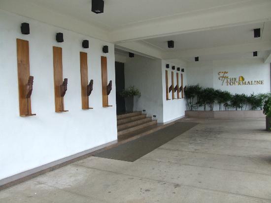 Tourmaline Hotel: Hotel entrance
