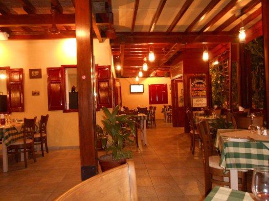 Nama Tavern Restaurant : Nama restaurant