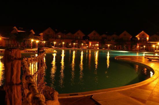 Jungle Aqua Park : Przy tym baseniku relaksowałem sie wieczorami przy piwku