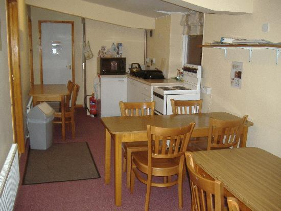 Fox Tor Cafe Bunkhouse: Communal area