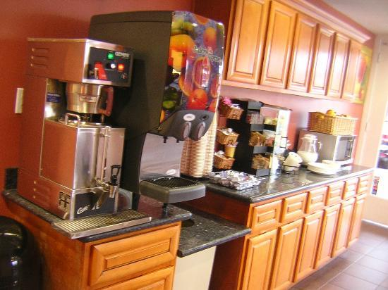 La Luna Inn: coffee and breakfast room