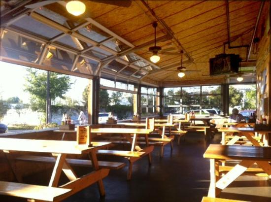 Rudy's : Awesome day for Lunch on the patio, note the open windows.