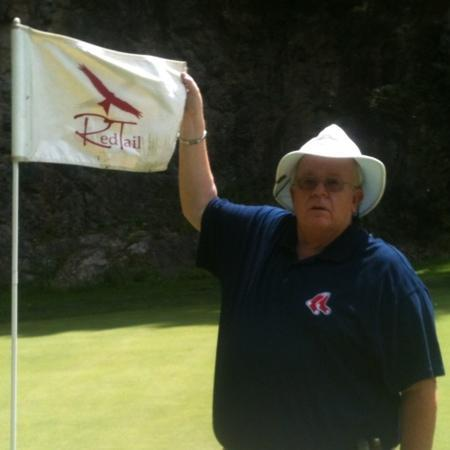 Red Tail Mountain Golf Club: quarry wall behind me.