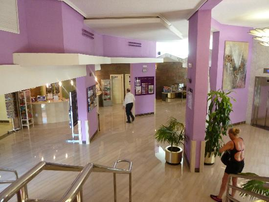 Servigroup Castilla: Main Reception area.