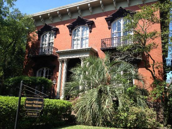 Savannah Historic District: Mercer-Williams House
