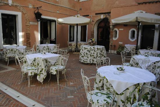 Hotel Giorgione: La colazione 