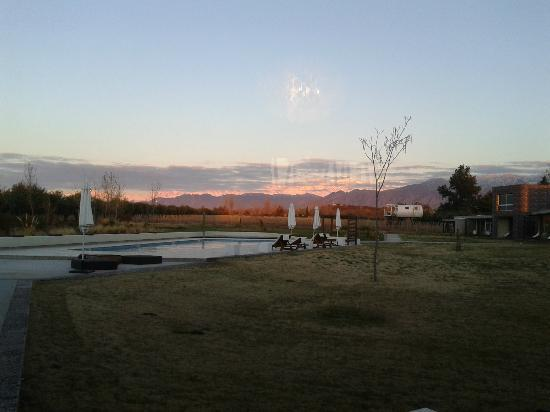 Entre Cielos: Nice view to the Andes.