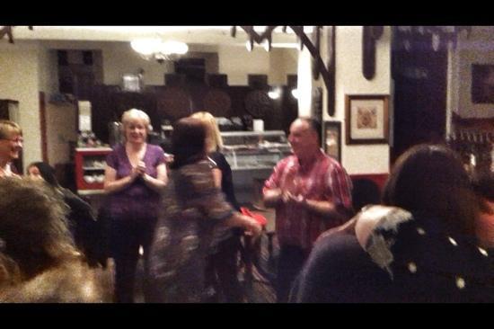 Rustlers Restaurant: Dancing in Rustlers :-)
