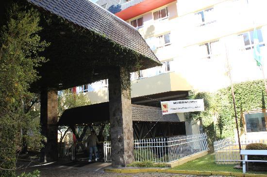 Hotel Continental Canela: Entrada
