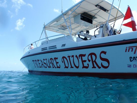 Treasure Cay, Great Abaco Island: Our Custom 39' Intrepid dive boat.