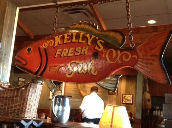 Red Lobster: Hanging fish decor