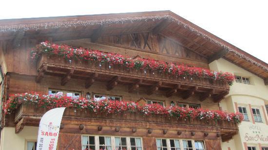 Hotel Garni San Nicolo: the hotel from outside