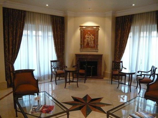 Hotel Atlantico: Room on 9th floor leading to Terrace