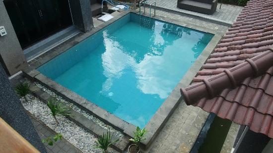Villa Jepun : piscine