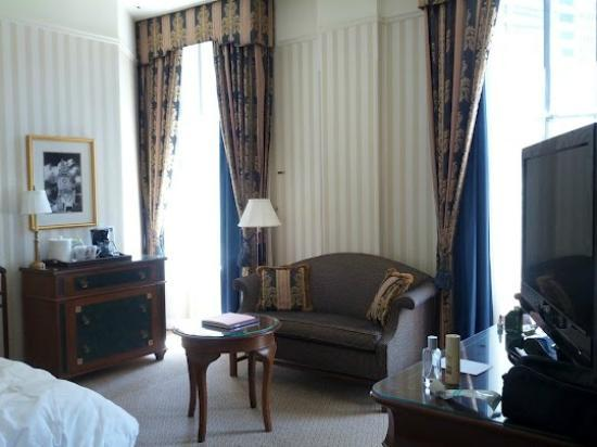 The Langham, Boston: Corner room