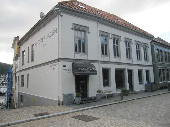 Klosterhagen Hotel : Front Entrance