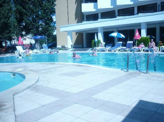 Hotel Klisura: very nice pool area