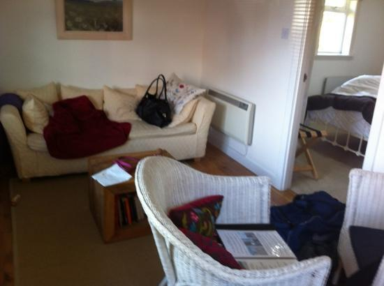 The Kilberry Inn : bed room excellent with telly and short bread