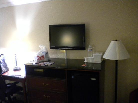 Howard Johnson Inn & Suites Reseda: quarto