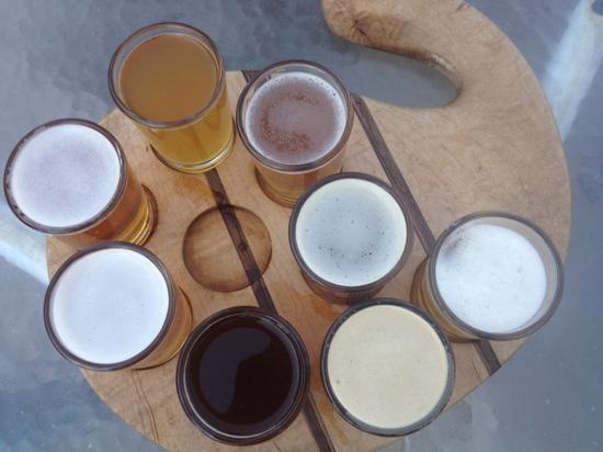 Eske's Brew Pub: beer sampler