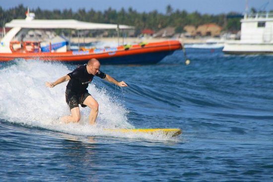 Newbro Surfing: Surf Lesson at Lacerations