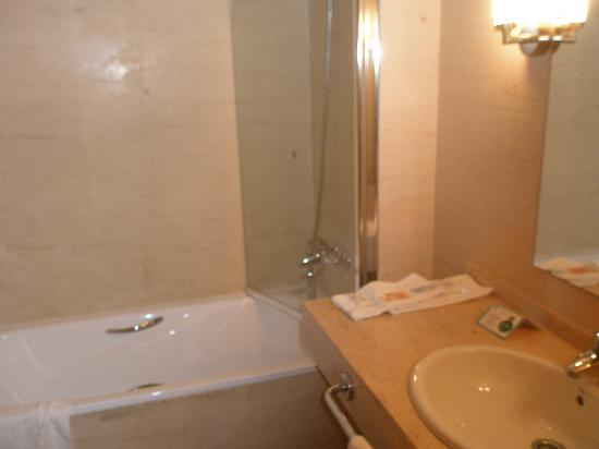 Hotel Tarraco Park : baño