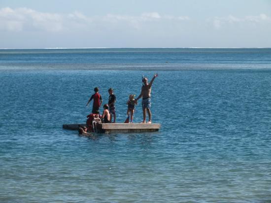 Malolo Island Resort: the pontoon was great fun