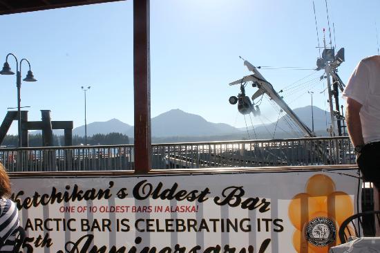 Arctic Bar: Beautiful view on the docks.