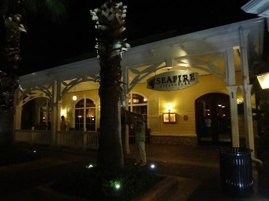 Seafire Steakhouse : Entrance to Seafire