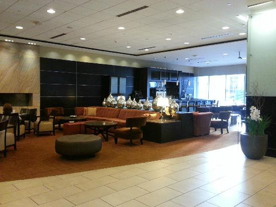 Hilton St. Louis at the Ballpark: Just a part of the HUGE beautiful lobby area