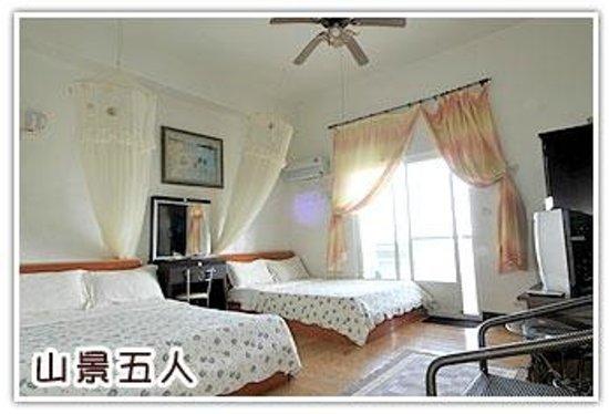 Sansendai Sea View B&B: Sea View Bed Room for 4