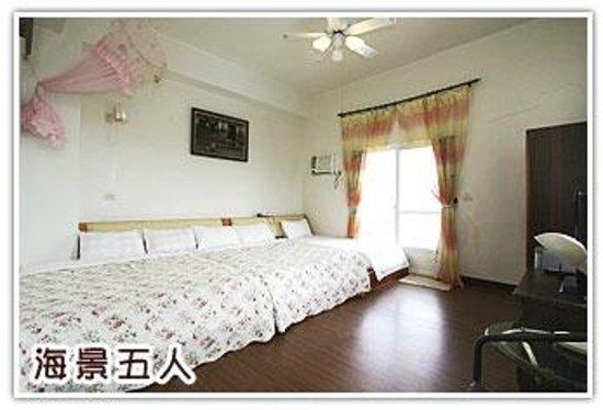 Sansendai Sea View B&B: Sea View Bed Room for 5