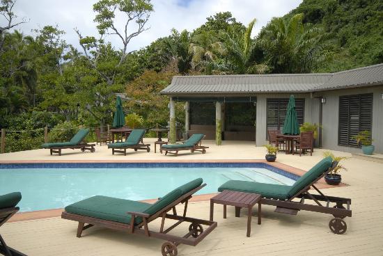 Lalati Resort & Spa : The pool and spa area