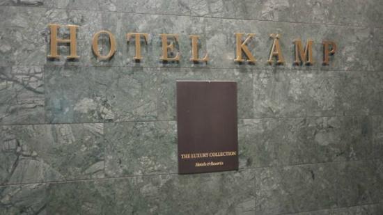 Hotel Kamp: Hotel entrance
