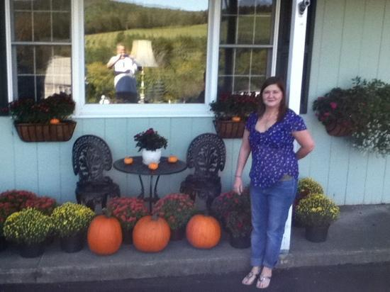 Braeside Lodging: What a great place to stay to enjoy the beginning of Fall!