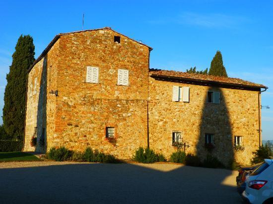 Villa Arnilu : farmhouse