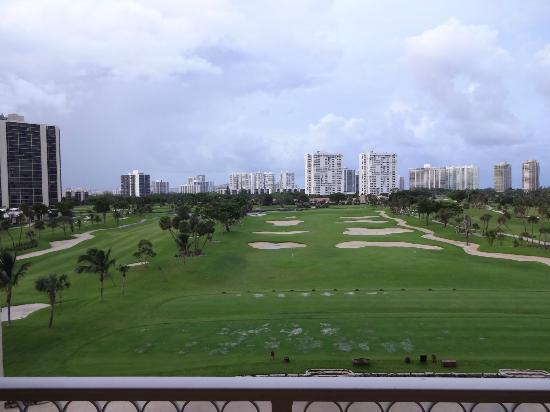 Turnberry Isle Miami, Autograph Collection: Vista do apartamento 2