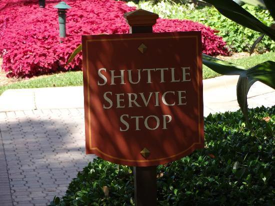 Turnberry Isle Miami, Autograph Collection: Serviço de Shuttle para o Aventura Mall e para a praia
