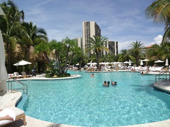 Turnberry Isle Miami, Autograph Collection: Piscina