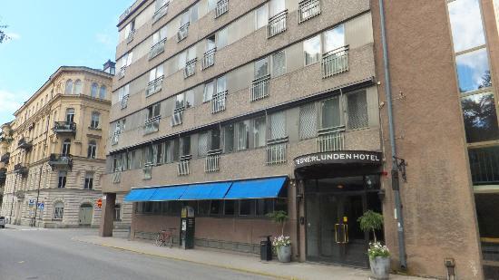 โรงแรมเทกเนอร์ลุนเดน: Hotel exterior